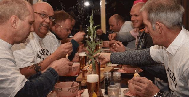 Redactie TIP: Moorddiner op de Veluwe – Flikken Voorthuizen- spannen groepsuitje