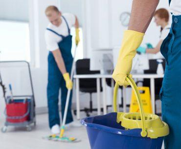 Waarom je jouw personeel niet zou moeten laten schoonmaken