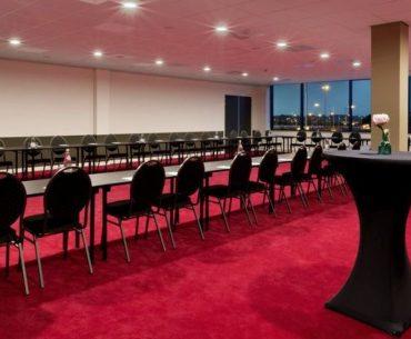 8-uurs vergaderarrangement naast Rotterdam – Den Haag Airport